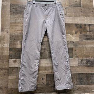 Under Armour Golf Dress Pants Size 38 x 32 Gray